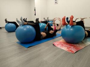 Clase de gimnasia hipopresiva fitball Sevilla
